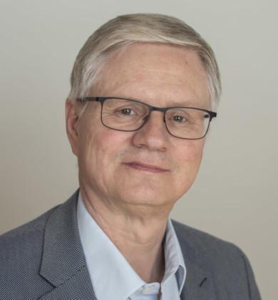 Veli-Matti Leinonen, johtava ylilääkäri, sosiaali- ja terveyspalvelut